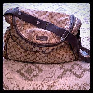 Gucci diaper /messenger bag